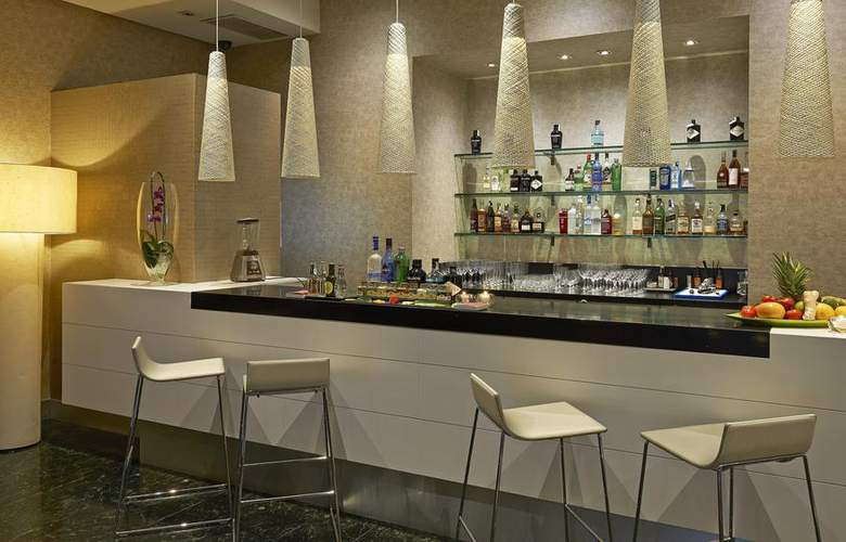 NH Collection Villa de Bilbao - Bar - 3