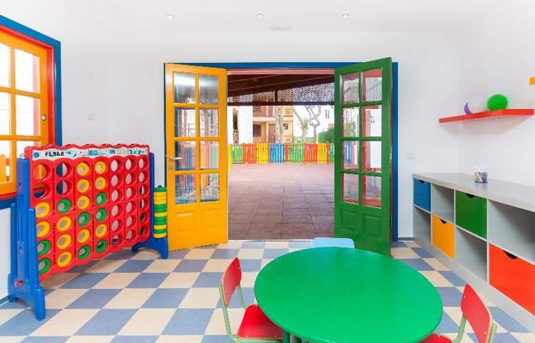 Apartamentos Globales Tamaimo Tropical - Services - 32