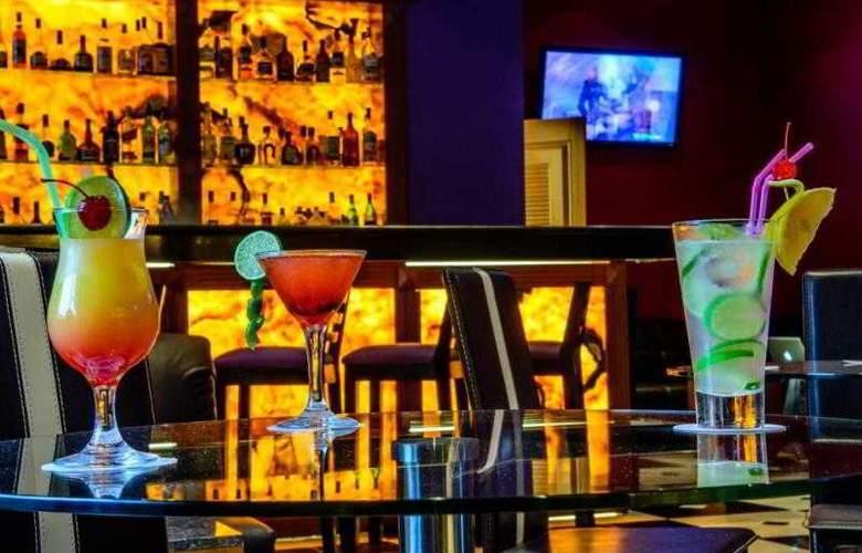 Plaza Campeche - Bar - 20