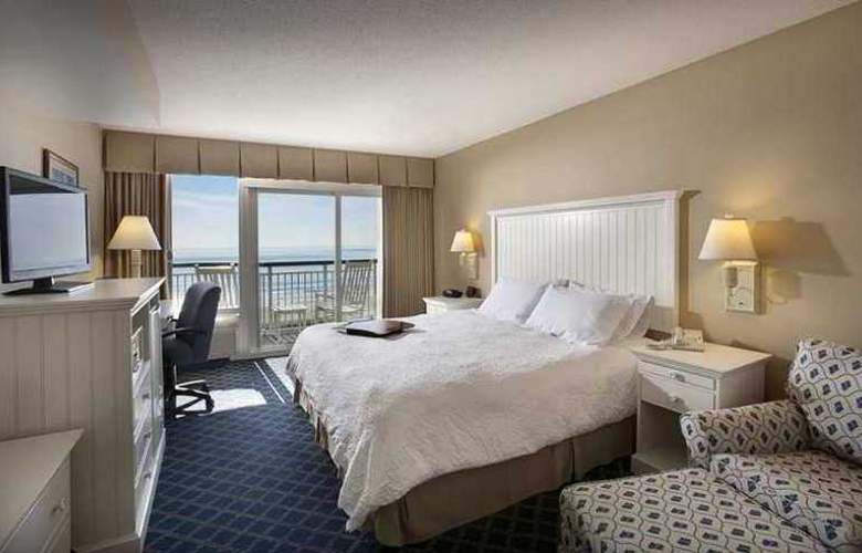 Hampton Inn & Suites Myrtle Beach- Oceanfront - Hotel - 3