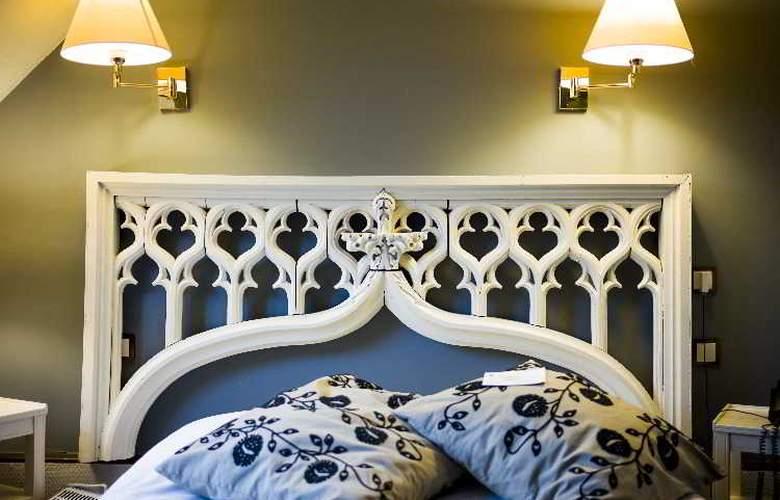 QUALYS-HOTEL Auberge du Forgeron - Room - 3