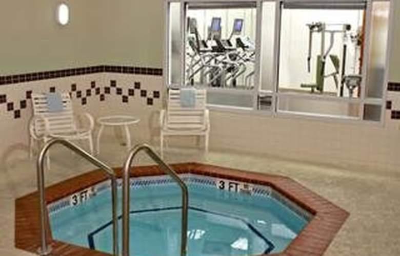 Springhill Suites Atlanta Buckhead - Pool - 7