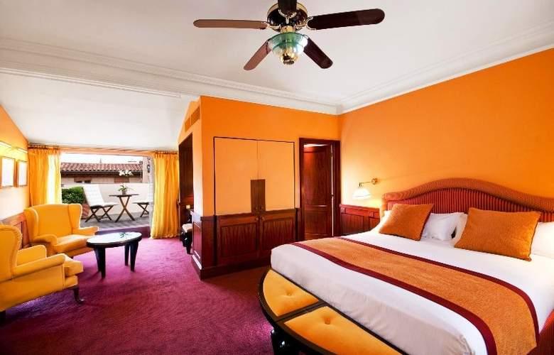Grand Hotel De L'Opera - Room - 5
