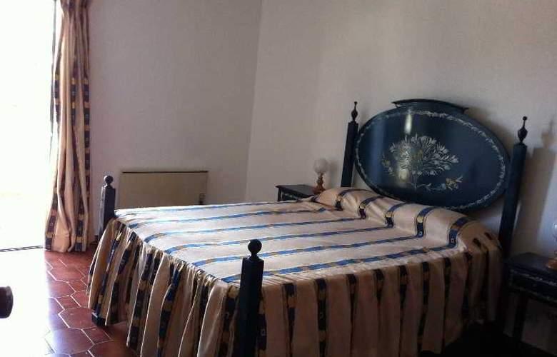 Turiquintas - Room - 3