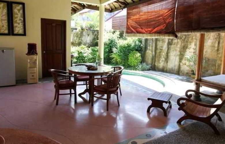 Putri Bali Suite Villa - Terrace - 16