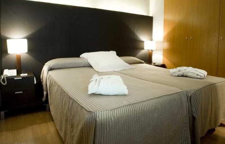 Aparthotel Senator Barcelona - Room - 6