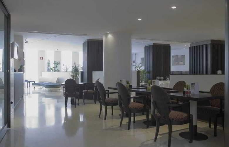 NH Bergamo - Restaurant - 14