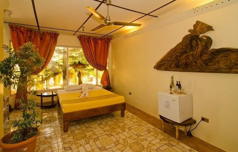 Deep Forest Garden Hotel - Room - 11