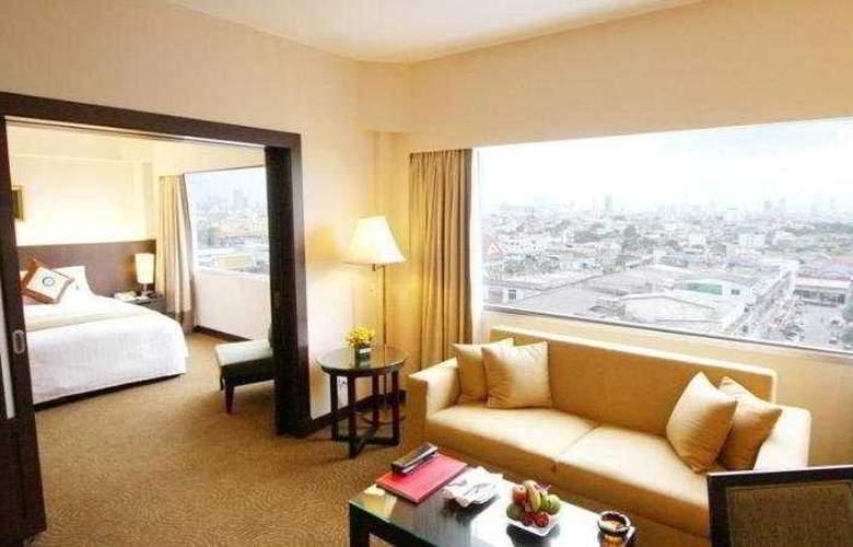 Ramada Plaza Menam Riverside Bangkok - Room - 8