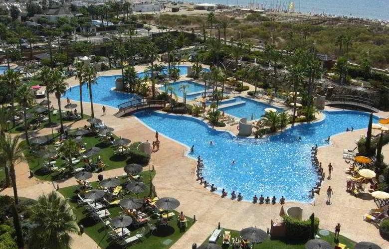 Puerto Antilla Grand Hotel - Pool - 2