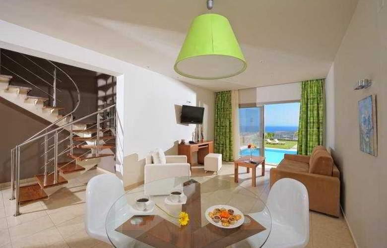 Royal Heights Resort - Room - 3