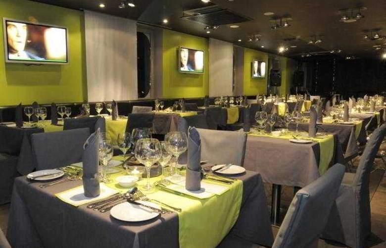 Rija VEF Hotel - Restaurant - 8