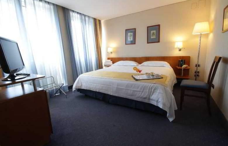 JFK hotel - Room - 13