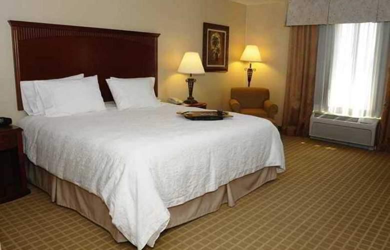Hampton Inn & Suites Redding - Hotel - 5