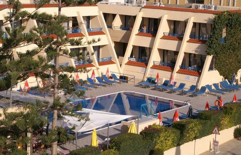 Napa Prince Hotel Apartments - Hotel - 8