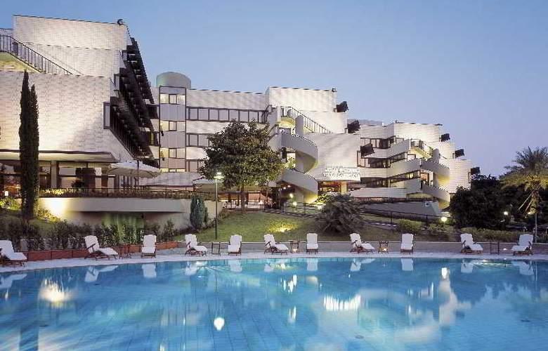 NH Villa Carpegna - Pool - 19