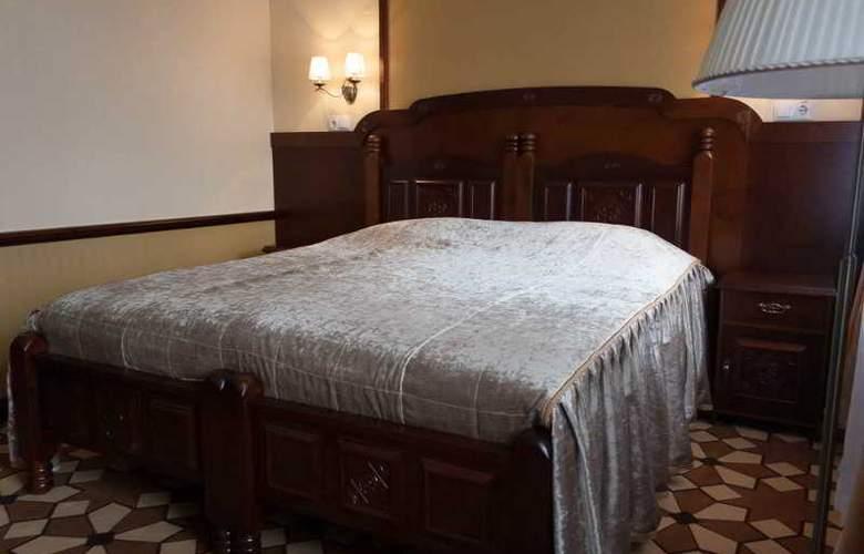 Garni - Room - 6