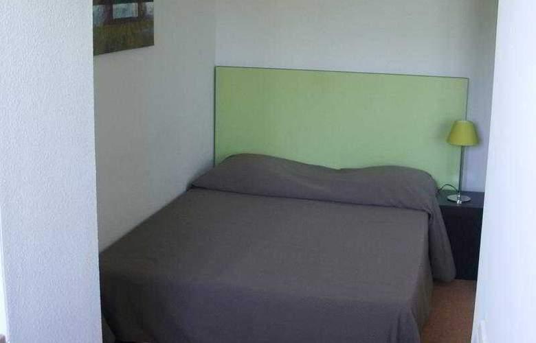 Adonis Honfleur - Room - 3