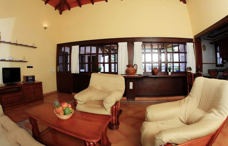 VIP Villas - Room - 1