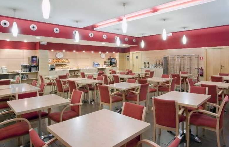 B&B Madrid Aeropuerto T1-T2-T3 - Restaurant - 3