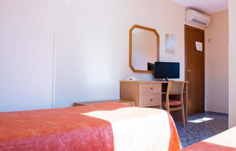 Celymar - Room - 8