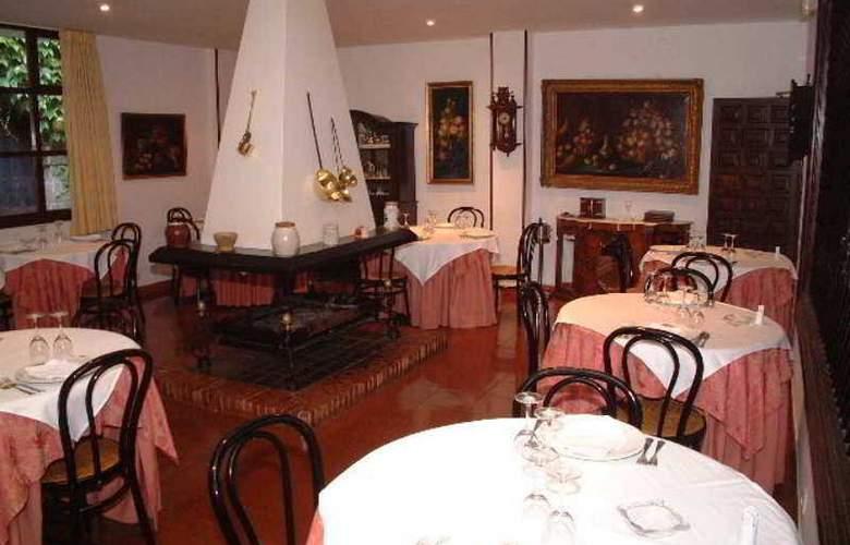 Los Infantes - Restaurant - 10