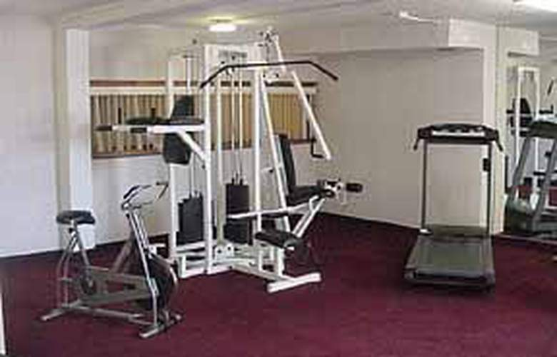 Quality Inn & Suites (Warren) - General - 3