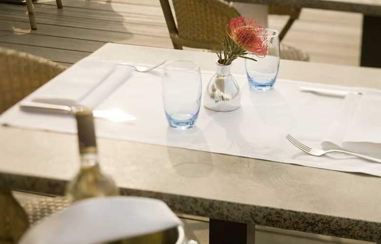 Mövenpick Hotel 's-Hertogenbosch - Restaurant - 32