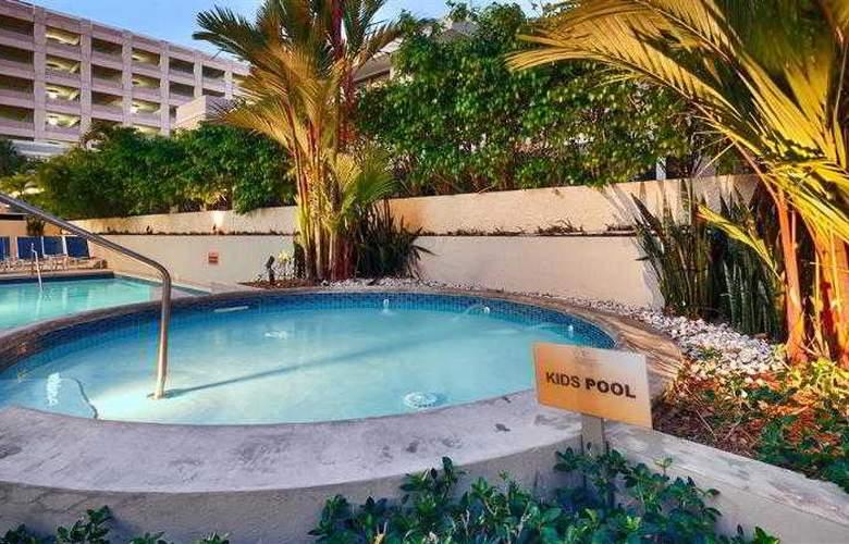 Best Western  Plus Condado Palm Inn & Suites - Hotel - 47