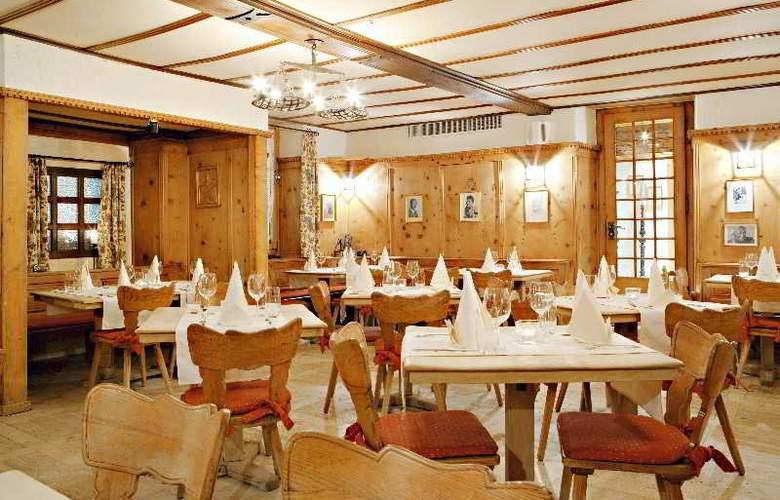 Walliserhof Swiss Quality Hotel - Restaurant - 8