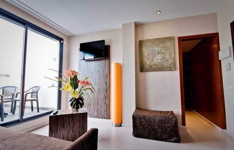 Eurosalou - Room - 2