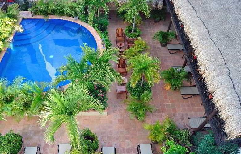 La Pasion Boutique Hotel - Pool - 37