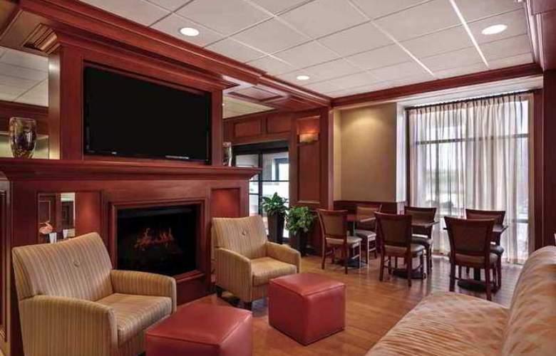 Hampton Inn Detroit/Southgate - Hotel - 2
