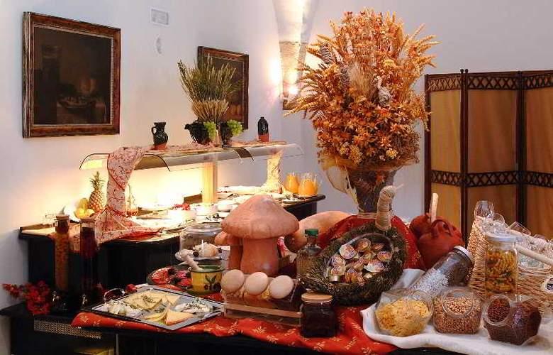 Izan Trujillo - Restaurant - 34