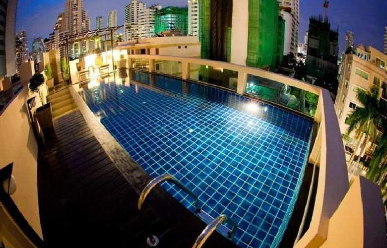 Privacy Suites - Pool - 9