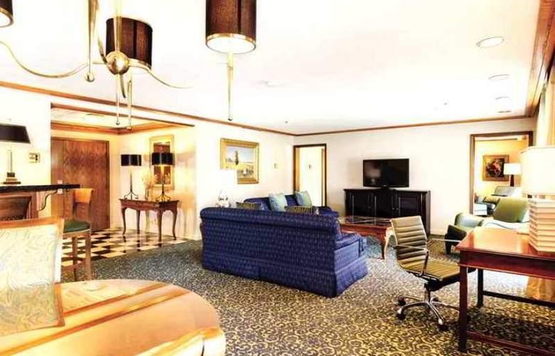 DoubleTree by Hilton Hotel Bakersfield - Hotel - 4