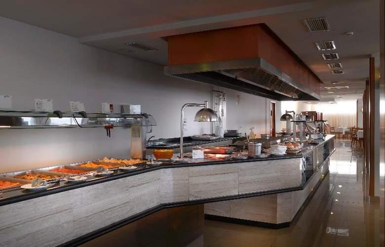 Fiesta Hotel Milord - Restaurant - 17
