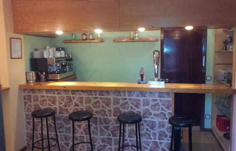 Azcona - Bar - 5