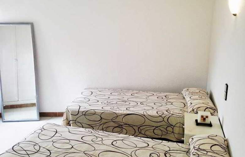 Apartaments AR Bellavista - Room - 8