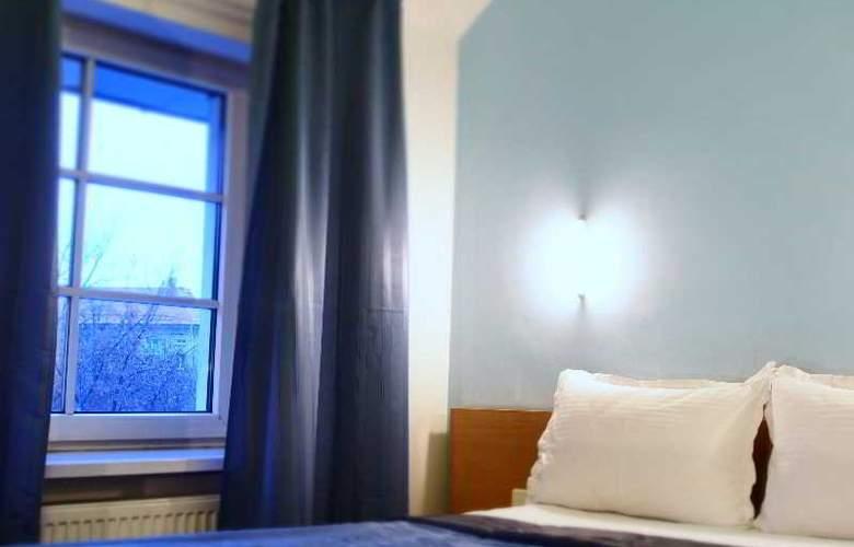 Telecom Guest - Room - 16
