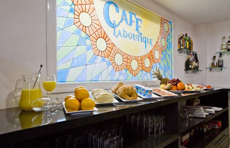 La Boutique Puerta Osario - Restaurant - 40