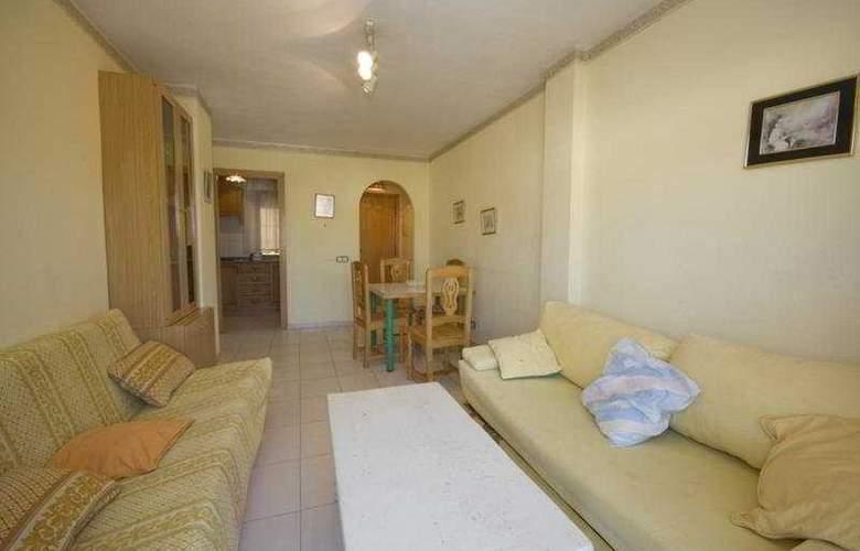 Playamar Apartamentos - Room - 3