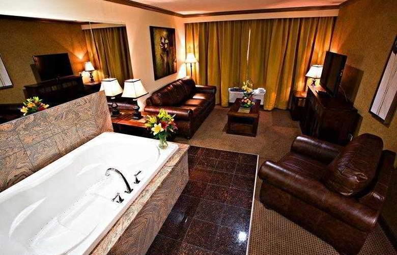 Best Western Plus Camrose Resort & Casino - Room - 13