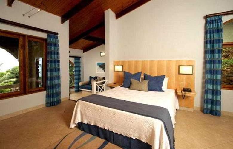 Coco de Mer Hotel and Black Parrot - Room - 5
