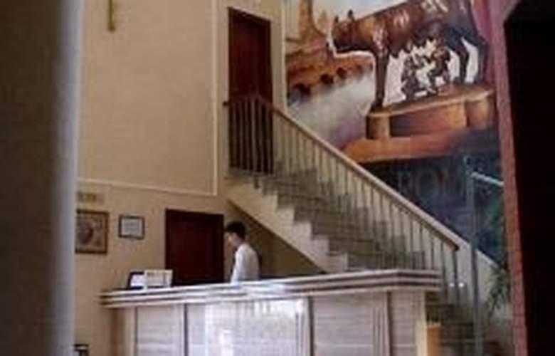 Roma Aurea - Hotel - 0