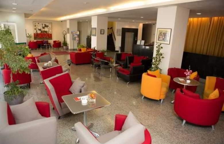 Europe Hotel - General - 3