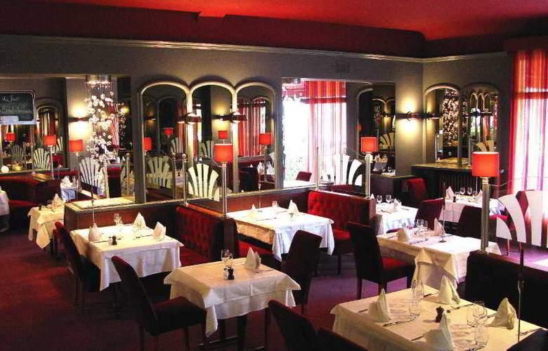Interhotel Le Bretagne - Restaurant - 17