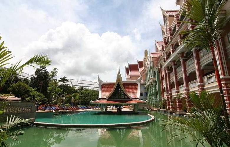 Aonang Ayodhaya Beach Resort and Spa - Pool - 10