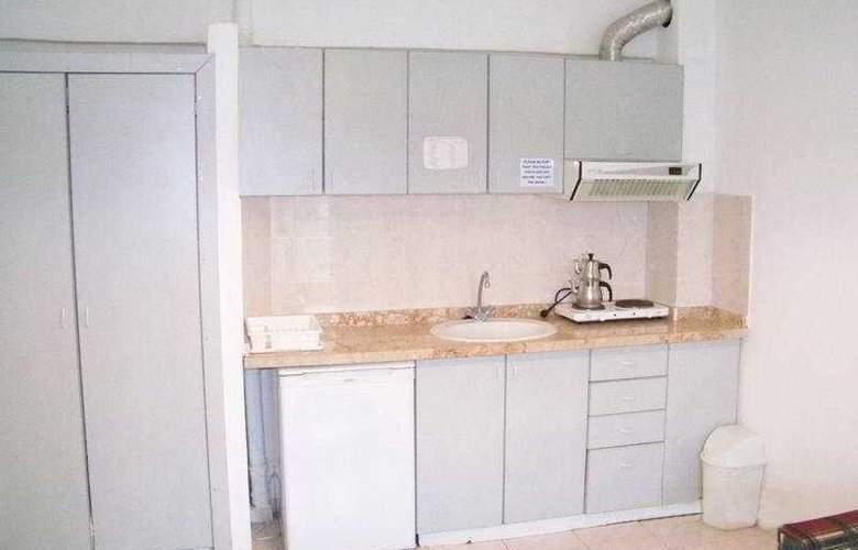 Club Caprice Apartments - Room - 0