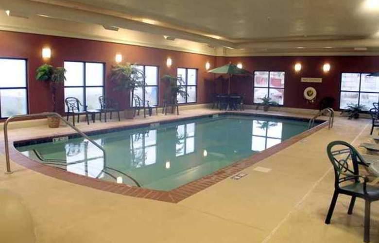 Hampton Inn & Suites Kalamazoo-Oshtemo - Hotel - 9